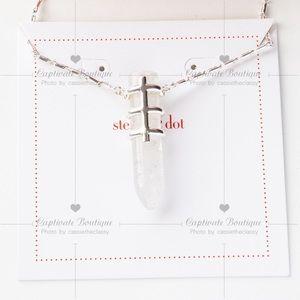 Stella & Dot Jewelry - STELLA & DOT LEGEND PENDANT NECKLACE
